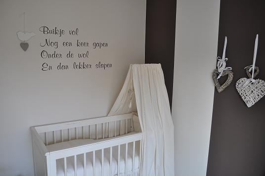 babykamer tekst op muur ~ lactate for ., Deco ideeën