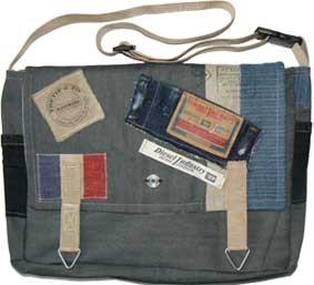 PTT Postzakken Jeans als stoere hippe schooltas
