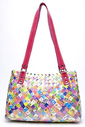 Nahui Ollin | Win een candy wrapper shoulderbag twv €190,-