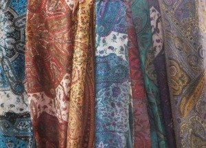 LaDeva | Silk vintage fairtrade sjaals uit India