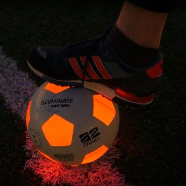 illuminatedfootball trendyspeelgoed Hippeshops