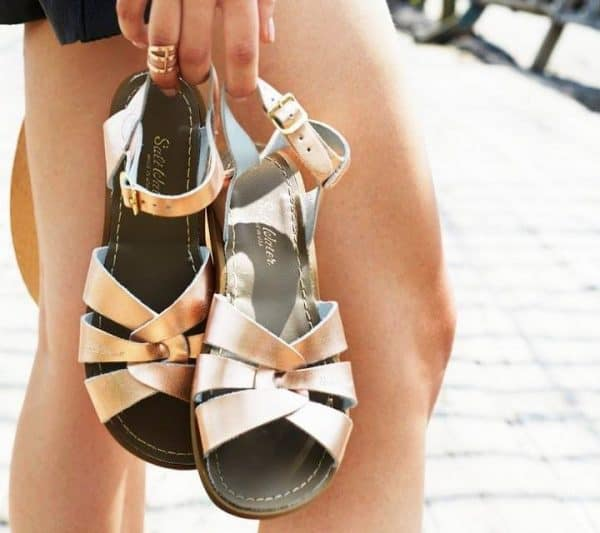 Salt-Water Sandals voor dames en kids in rose gold