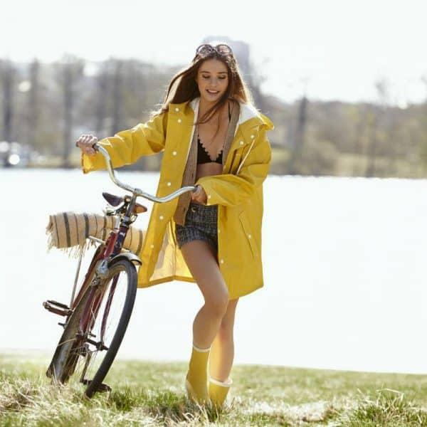 hippe regenkleding in geel