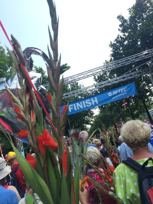 10 redenen waarom meelopen aan de Nijmeegse Vierdaagse een geweldige ervaring is