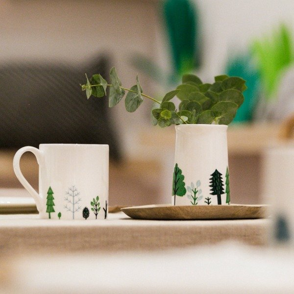 Donna Wilson serviesgoed bomen bij webshop Design Fabrix - Top 25 December Online Shopping Inspiratie voor Sint & Kerst