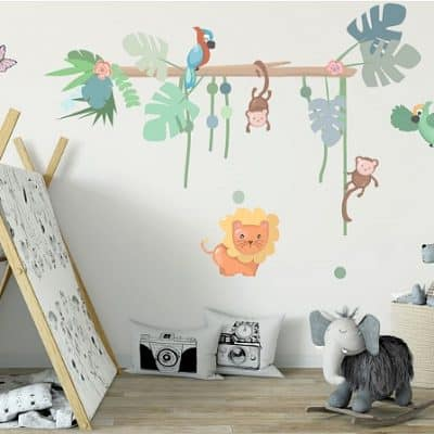 TIP: babykamer muurstickers Jungly jungle: boomstam met papegaaien en aapjes