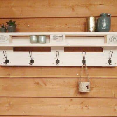 Musthave: hippe houten kapstok van gerecyclede pallets