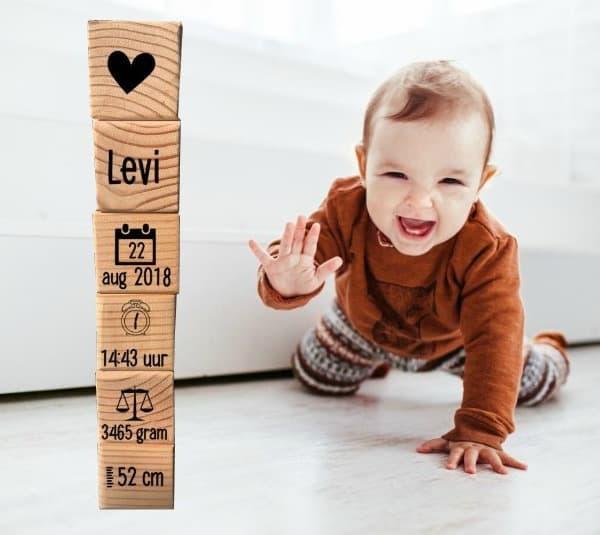 blokkentoren hout gepersonaliseerd bellakids