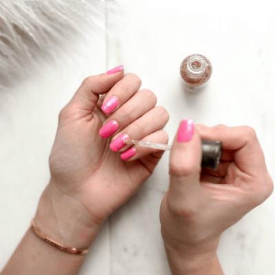 Met deze Easy Nails nagelproducten voor thuis hoef jij niet meer naar de nagelsalon