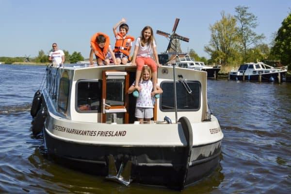 Vaarvakantie langss de Elfsteden van Friesland