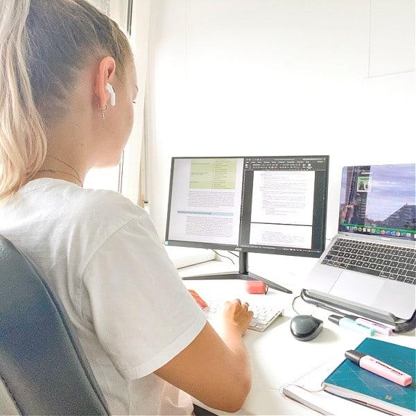 bureau desktop leren laptopstandaard