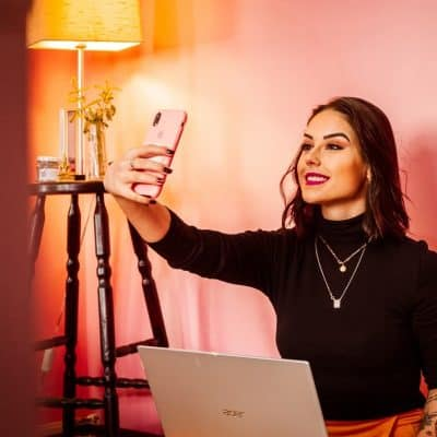 Shoploop is een nieuw video shopping platform van Google waar influencers hun ervaringen met online shoppers delen