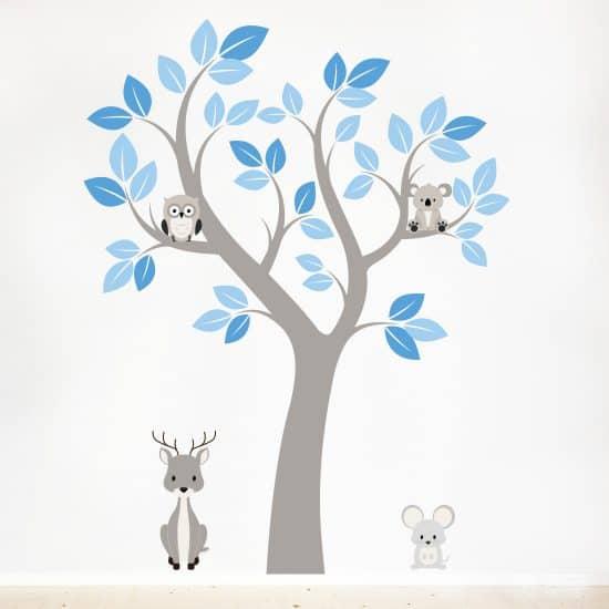 Muursticker jongens babykamer boom met dieren blauw