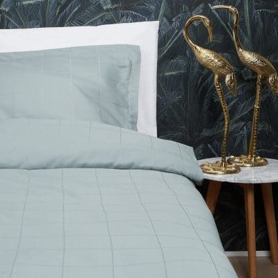 dekbedovertrek lichtblauw slaapkamer goud